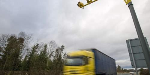 Road casualties to be tackled with average speed cameras